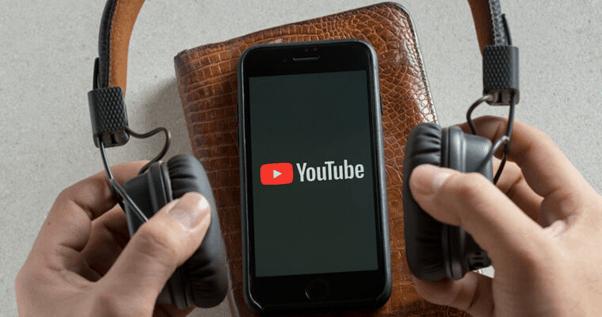 iPhone displaying YouTube logo